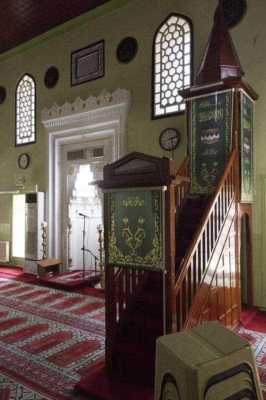 Istanbul Haci Evhad Mosque 2015 0784.jpg