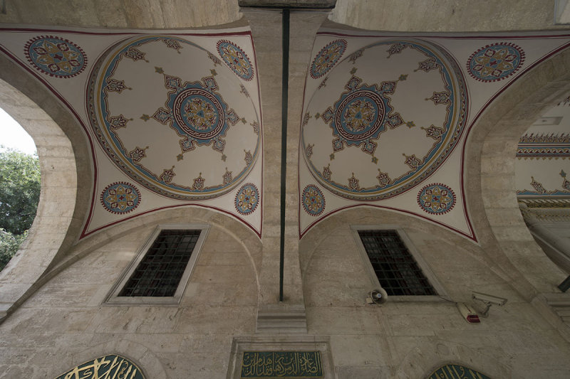Istanbul Nisanci Mehmet Pasha mosque 2015 9291.jpg