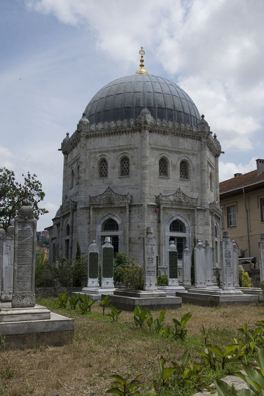 Istanbul Mehmet V Resat turbe Near Eyup 2015 8559.jpg
