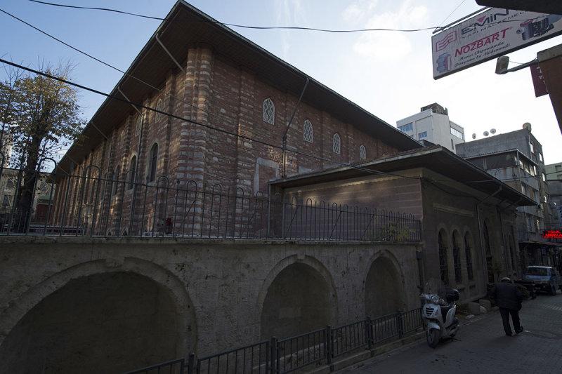 Istanbul Arab Mosque december 2015 6552.jpg