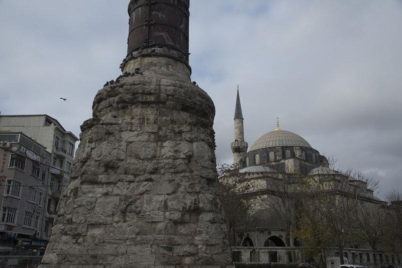 Istanbul Cemberlitas december 2015 6195.jpg