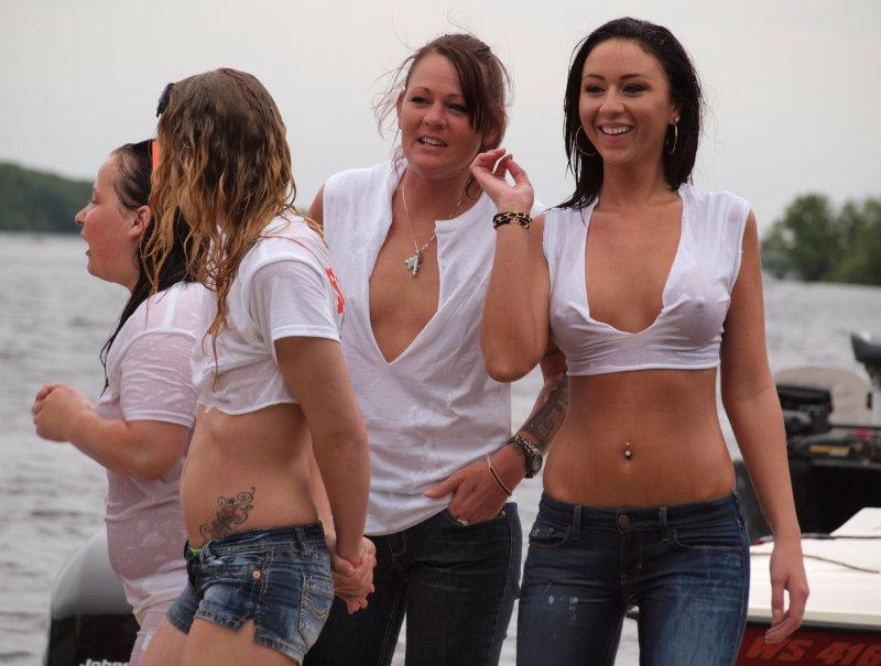 wet-tshirts-video-girls