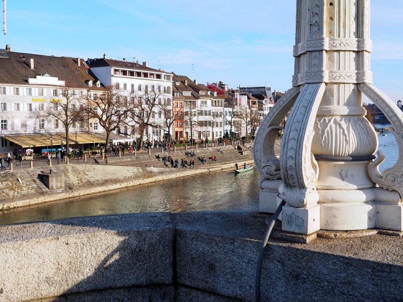 Mittlere Rheinbrücke mit Blick zu Kleinbasel