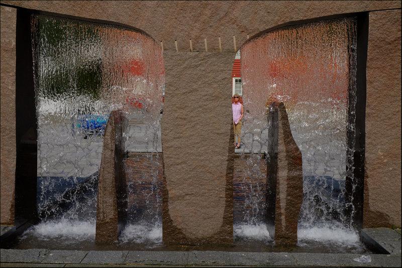 19 Through water,Høyanger.......