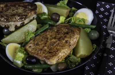 Salmon Niçoise Salad