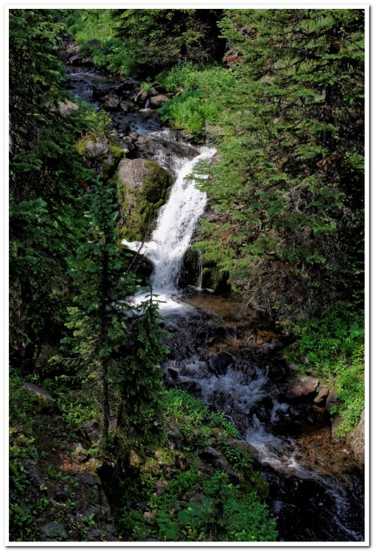 Emerald Lake Trail, Waterfall