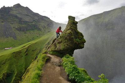 Skógafoss, climbing a Troll