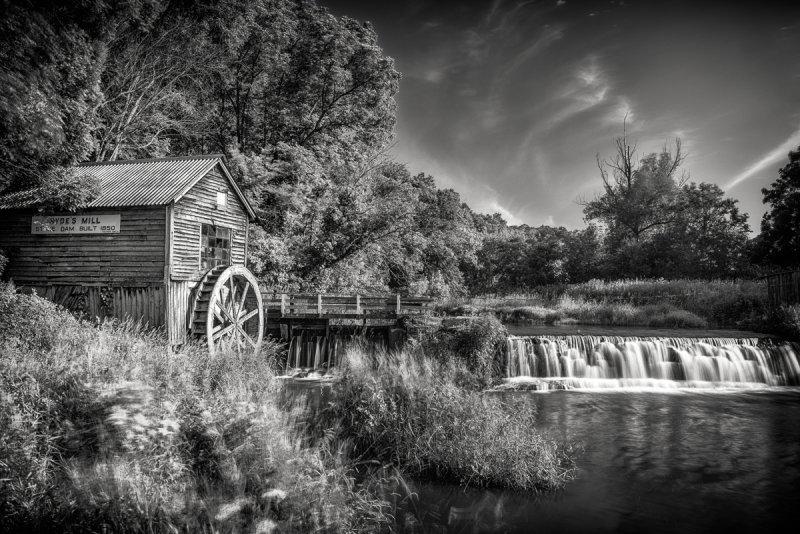 Hydes Mill in B&W