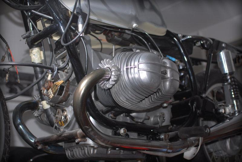 R 90S Daytona Orange not ready yet