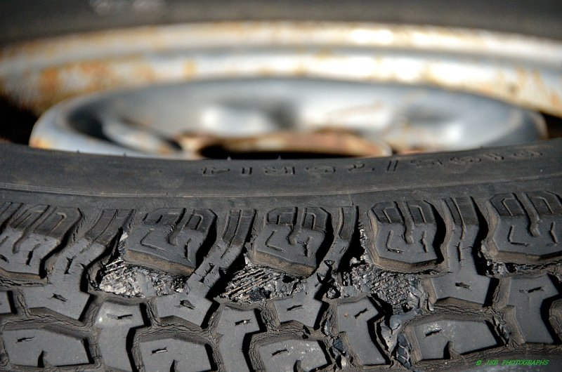 Wheels Tires Tonka4wheeldrive Com >> Tire Tread Separation Photo Jsb Photographs Photos At Pbase Com