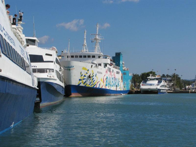 Formentera Ferry Line-Up