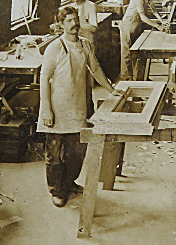 Popanon at the Piano Factory