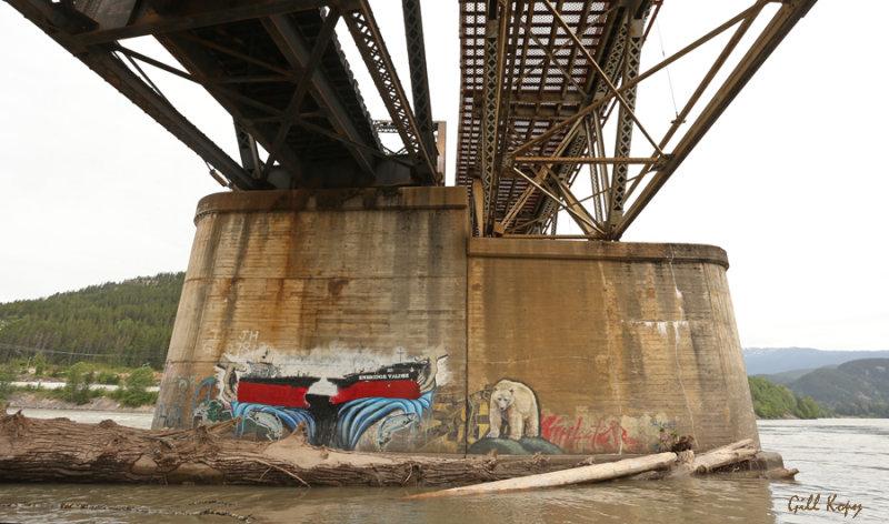 Bridge Graffiti.jpg