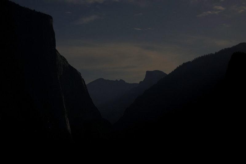 Climbers sleeping on face of El Capitan.jpg