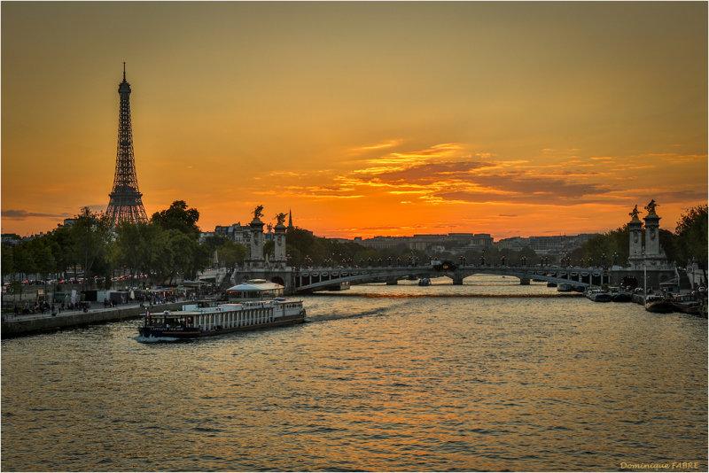 PARIS LA SEINE