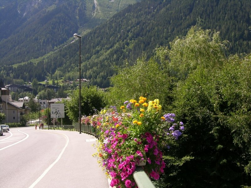 <strong>Arrivée à Chamonix<br>Arrival to Chamonix</strong>