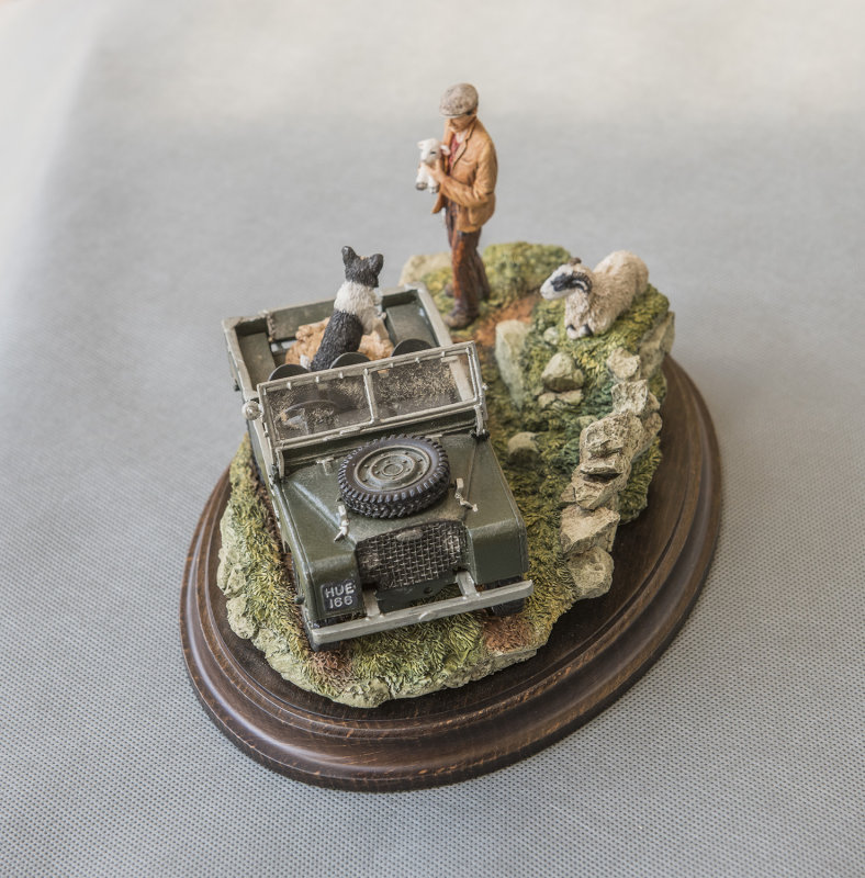 ANOTHER VIEW OF THE SERIES 1 LANDROVER DIORAMA