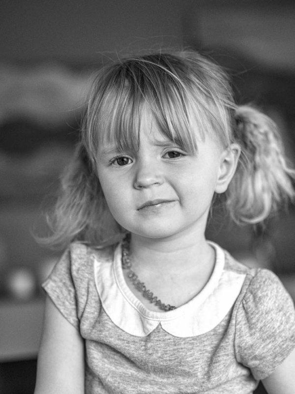 Analise (granddaughter)