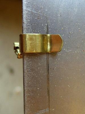 Actual Contact Area NEMA L5-30 Socket