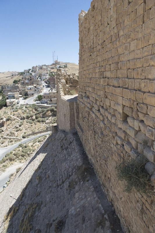 Jordan Karak Castle 2013 2508.jpg