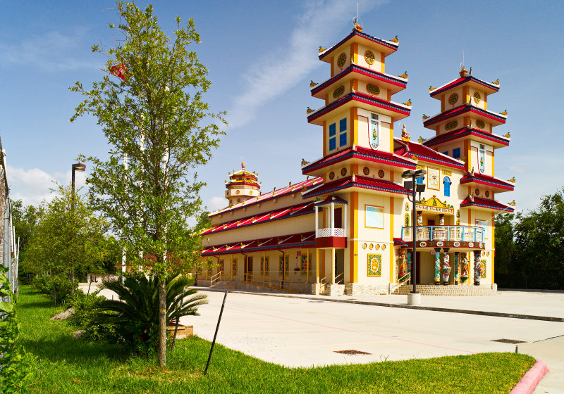 Thanh That Cao Dai Temple on Breeze Drive