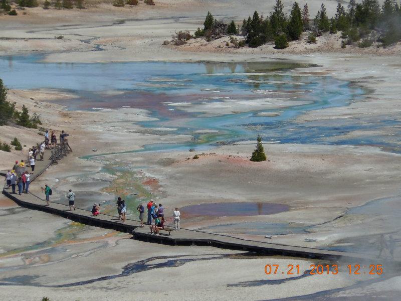 Norris Geyser Basin 02.jpg