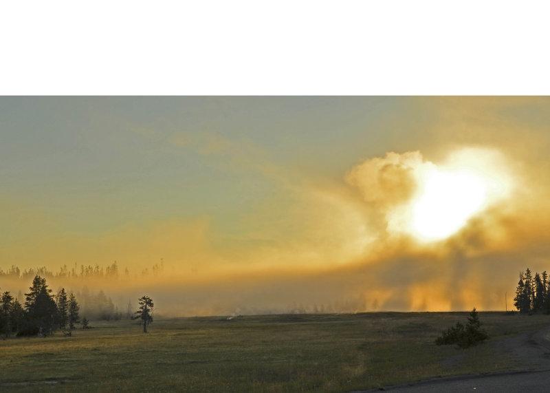 Morning Geyser Mist 03.jpg
