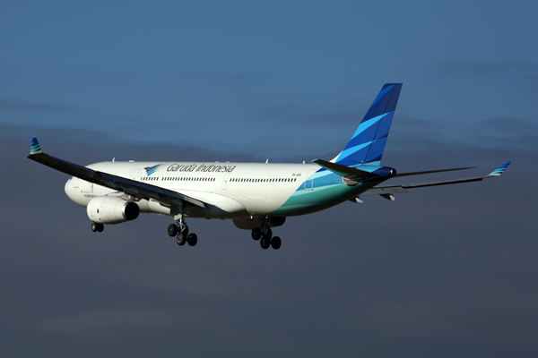 GARUDA INDONESIA AIRBUS A330 300 MEL RF 5K5A5593.jpg