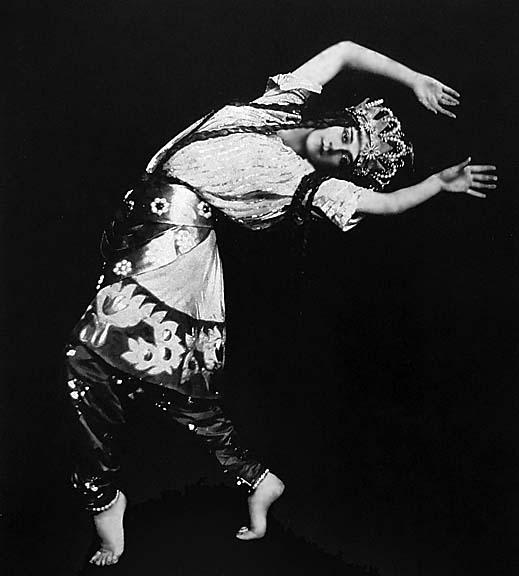 1914 - Tamara Karsavina as Queen Shemakhan in Le Coq dOr