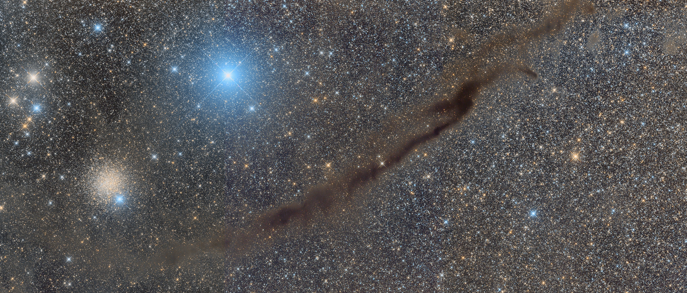 NGC 4372 and the Dark Doodad Nebula in Musca