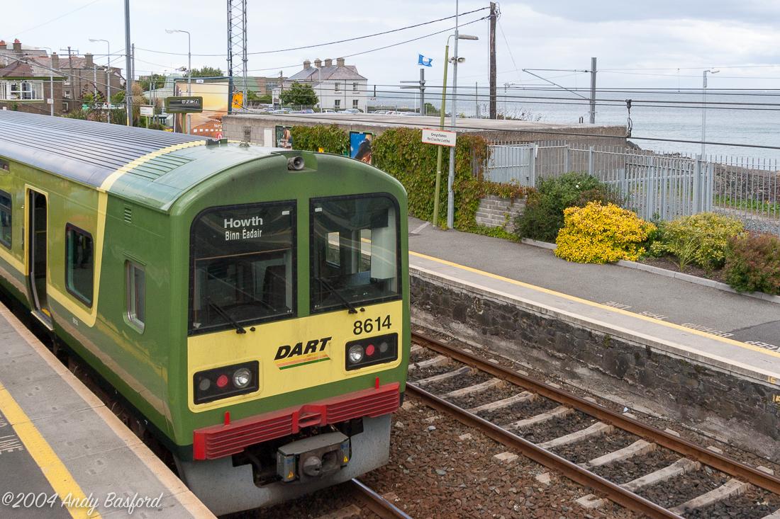 Greystones station/Stáisiún na Clocha Liatha, 30/6/04