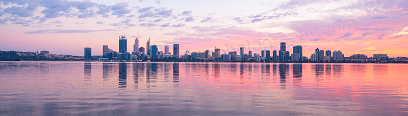 Perth and the Swan River at Sunrise 22nd April 2017.jpg