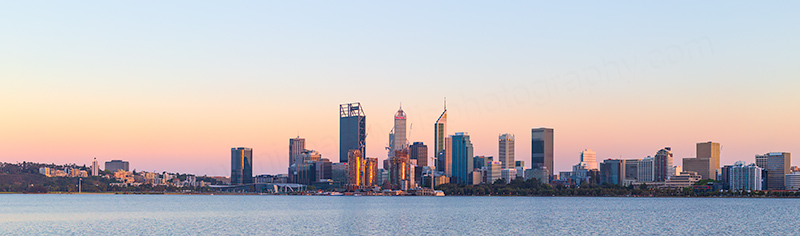 Perth and the Swan River at Sunrise, 26th October 2018