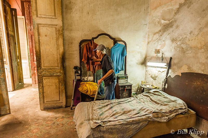 Loneliness - Living Alone in Havana