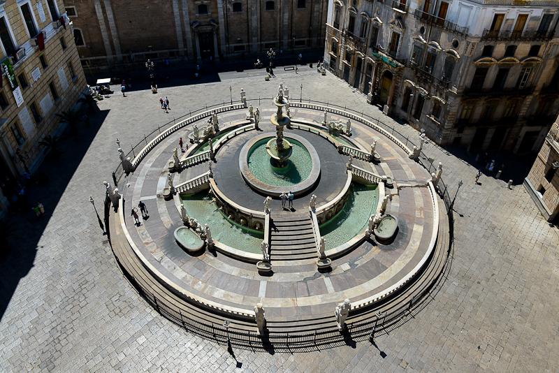 Piazza Pretoria with Fontana Pretoria, Palermo