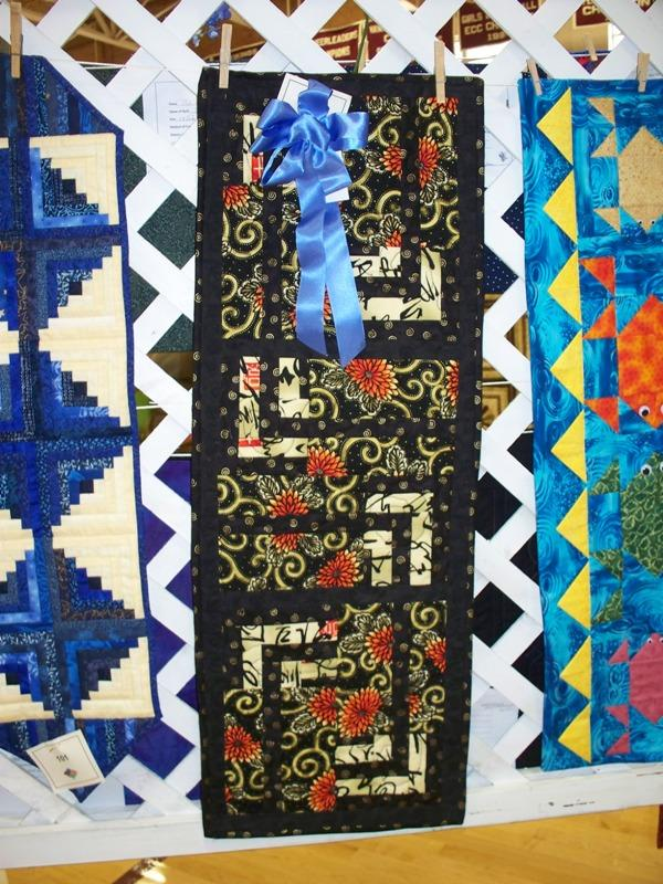 Viewers Choice Table Runner by Judy Rabe