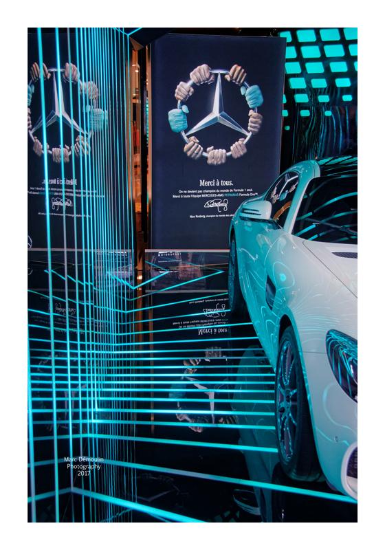 Mercedes-Benz Show Room 2