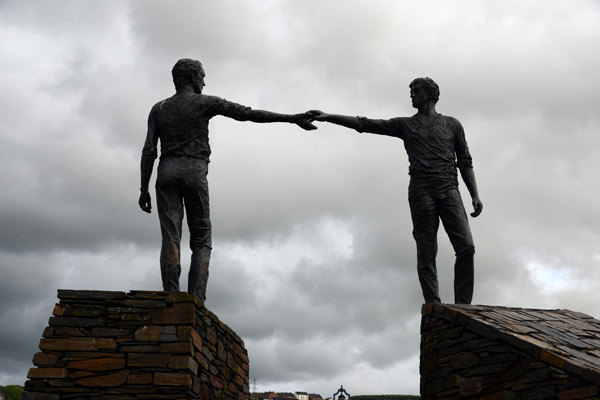 Hands Across the Divide, unveiled in 1992, 20 years after Bloody Sunday