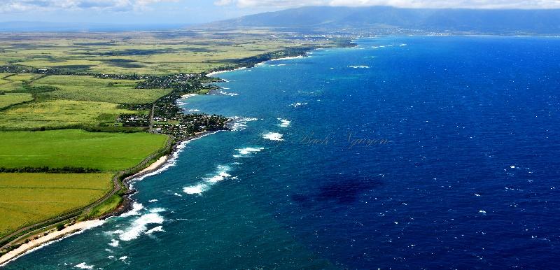 Looking toward Paia and Kahului,  Mauna Kahalawai (the West Maui Mountains) 320