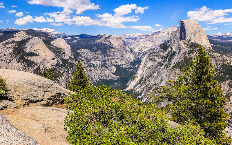 View of the Yosemite Valley from Glacier Point in Yosemite National Park