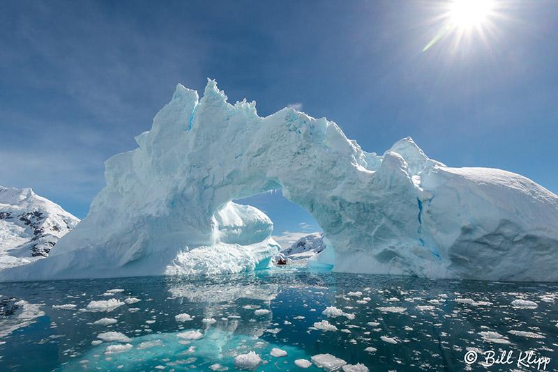 Icebergs, Paradise Harbour  12