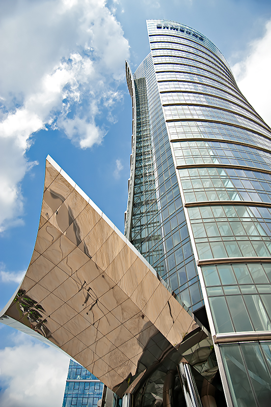 The Warsaw Spire - Highly Visible