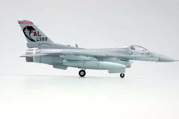 Easy Model 1//72 USAF F-16C 187th FW 88-0399-AL Plastic Fighter Model #37129