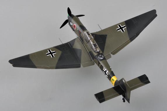 JUNKERS ju-87d Stukas Easy model 36385-1//72 Dt 1942-NEUF