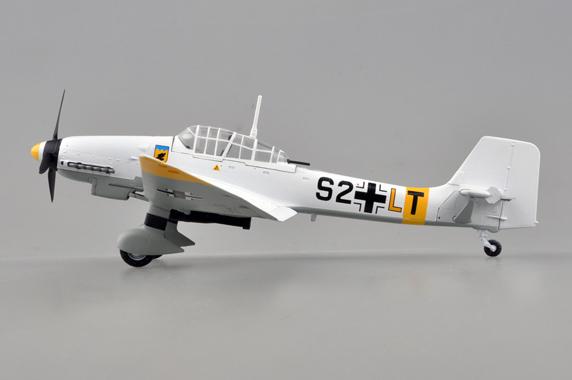 Neu Junkers Ju-87D Stuka Easy Model 36387-1//72 Dt 1943