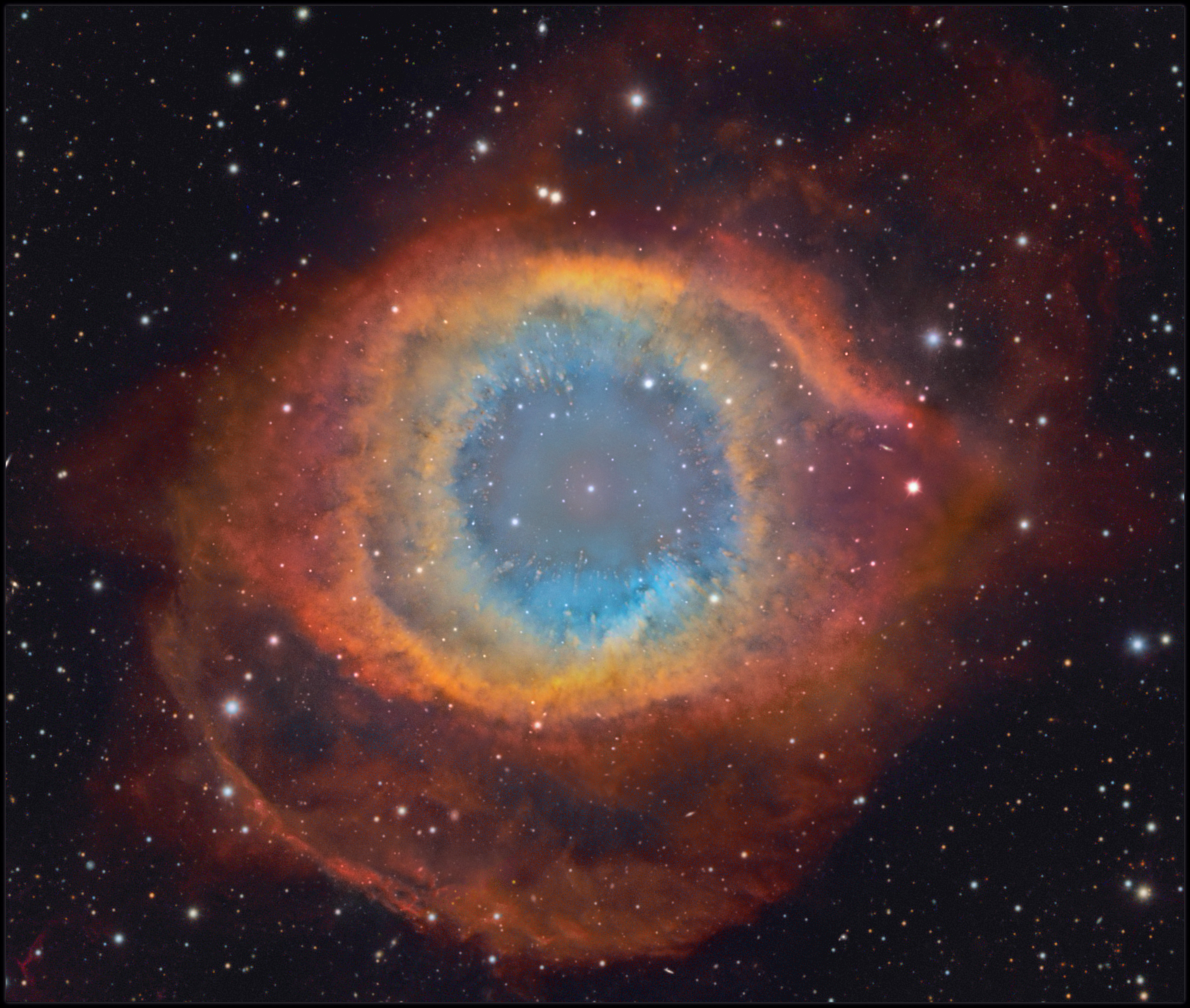 Helix_nebula in Hubble_color mapping