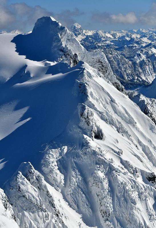 Whitehorse Ridge, Lone Tree Pass, So-Bahli Ahli Glacier, Sill Basin, Whitehorse Mountain, Sloan Peak, Cascade Mountains, WA