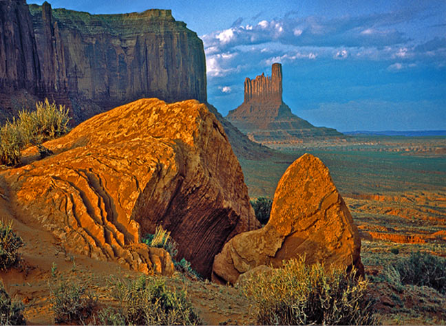 Monument Valley - April 2001