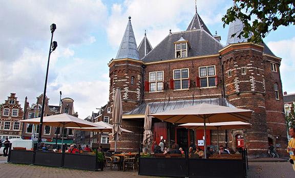 A grand cafe