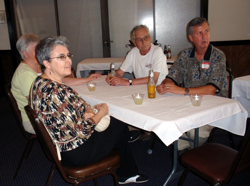 06_Pam&Joe_Smith;Mary&John_Stepp.JPG